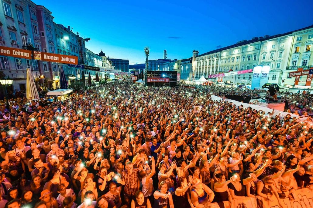 kronfest, linz, linzfest, party, hauptplatz linz